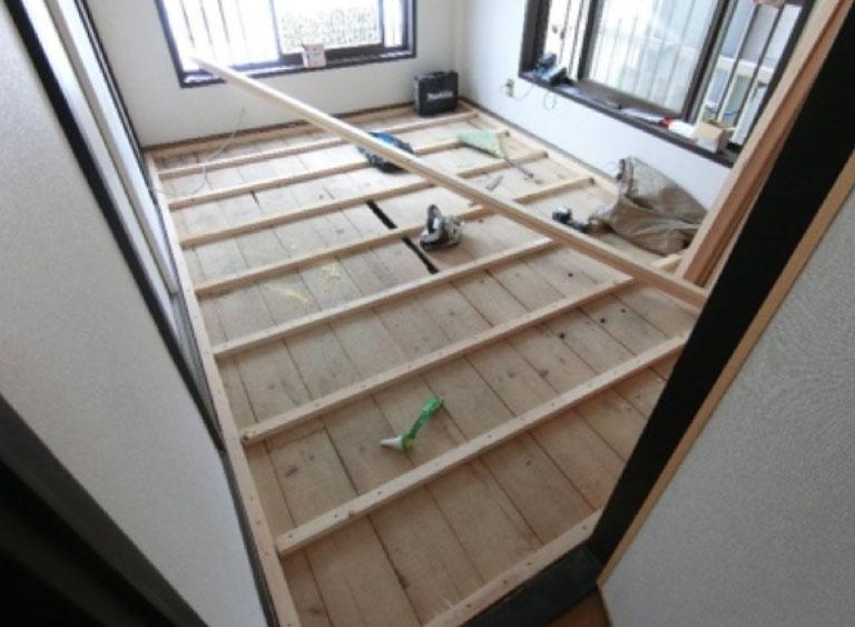 床板・床裏